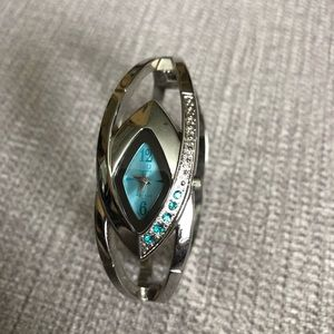 Clam watch wrist cuff, silver/blue with gems
